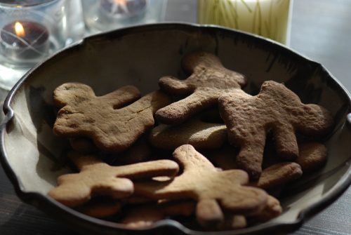 gluten-free ninjabread (gingerbread) men